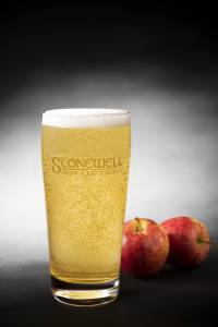 Pint glass with apples